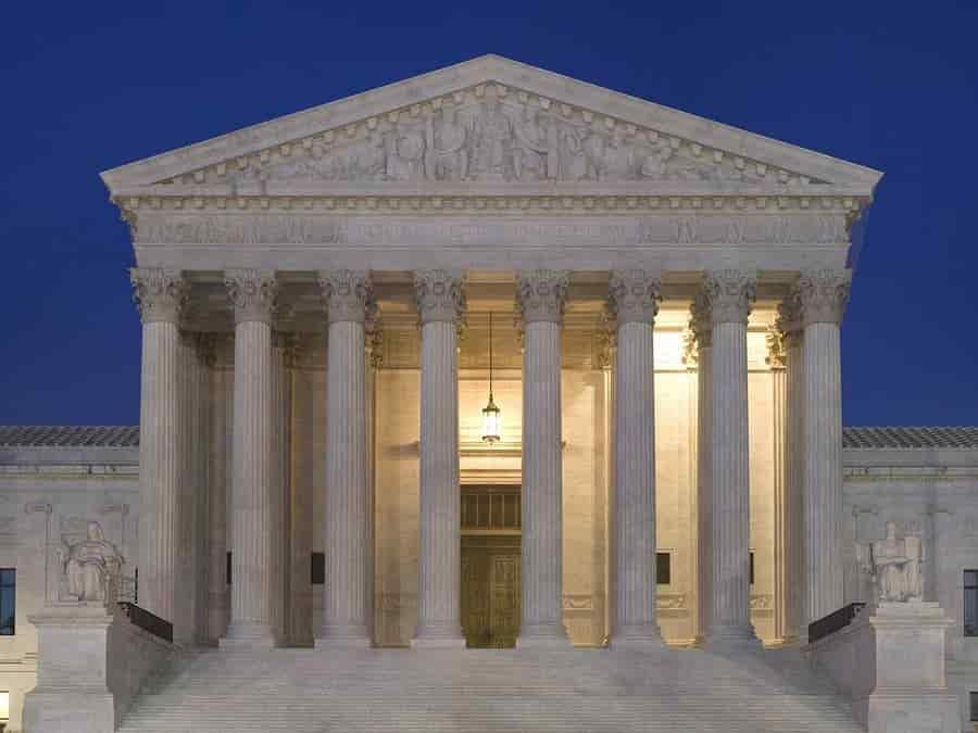 Corte Suprema bloquea terminación del DACA.